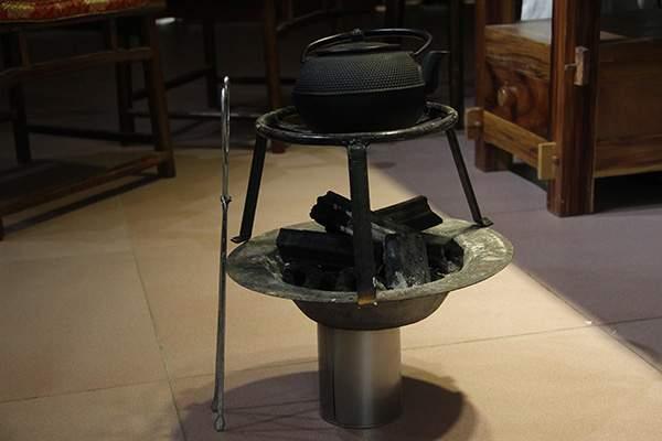 日本铁壶煮水怎么样?铁壶煮出来的茶香