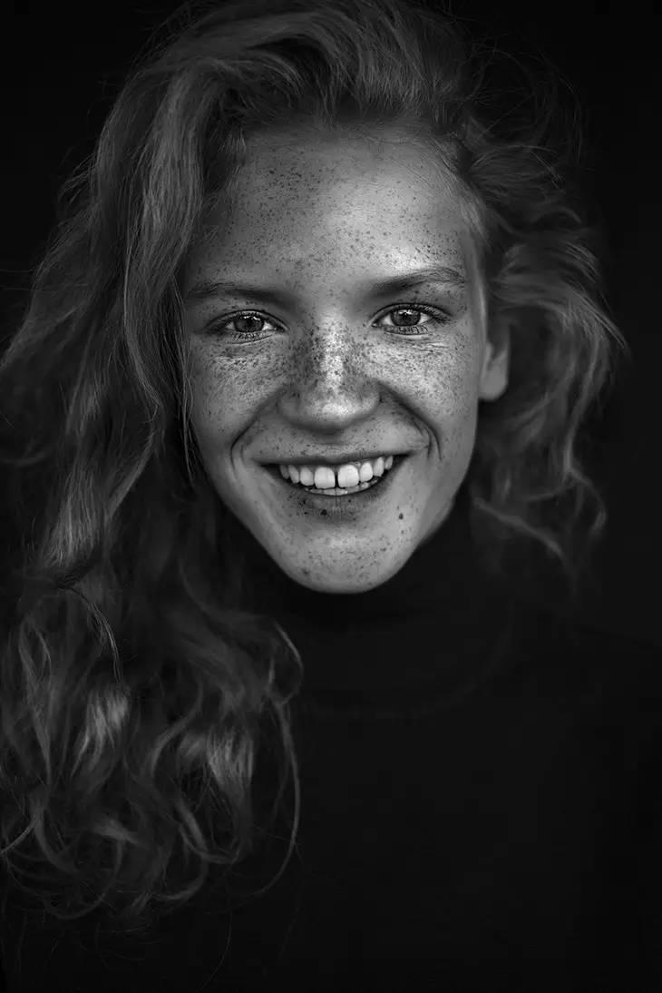 黑白经典——Agata Serge肖像作品
