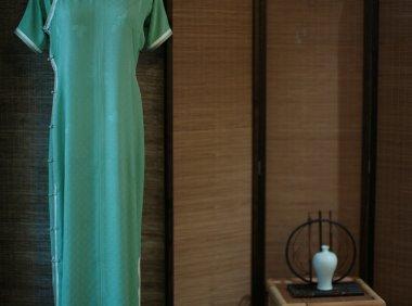 来一场文艺复兴似的旗袍与茶花香的交流
